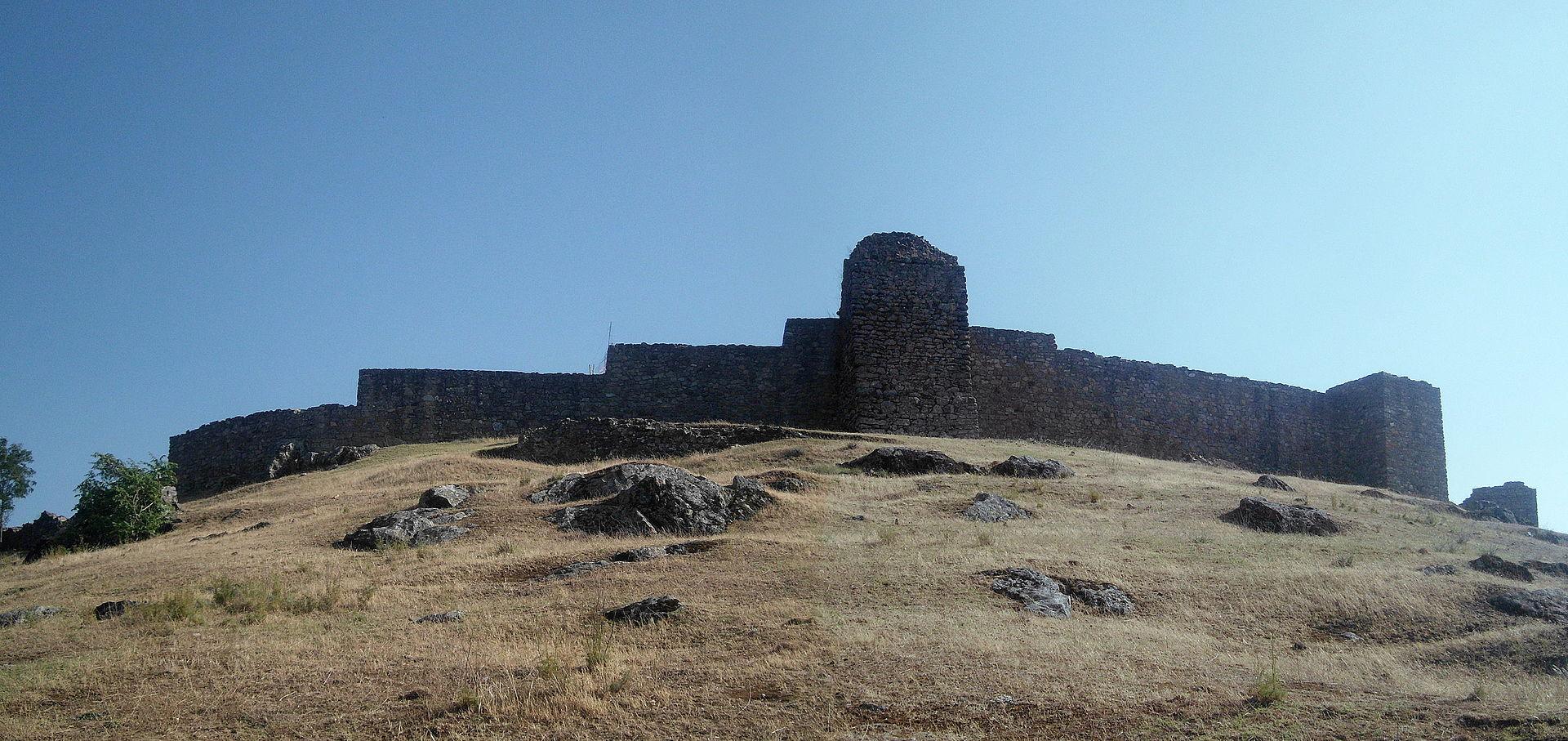Castillo_de_Aracena.JPG