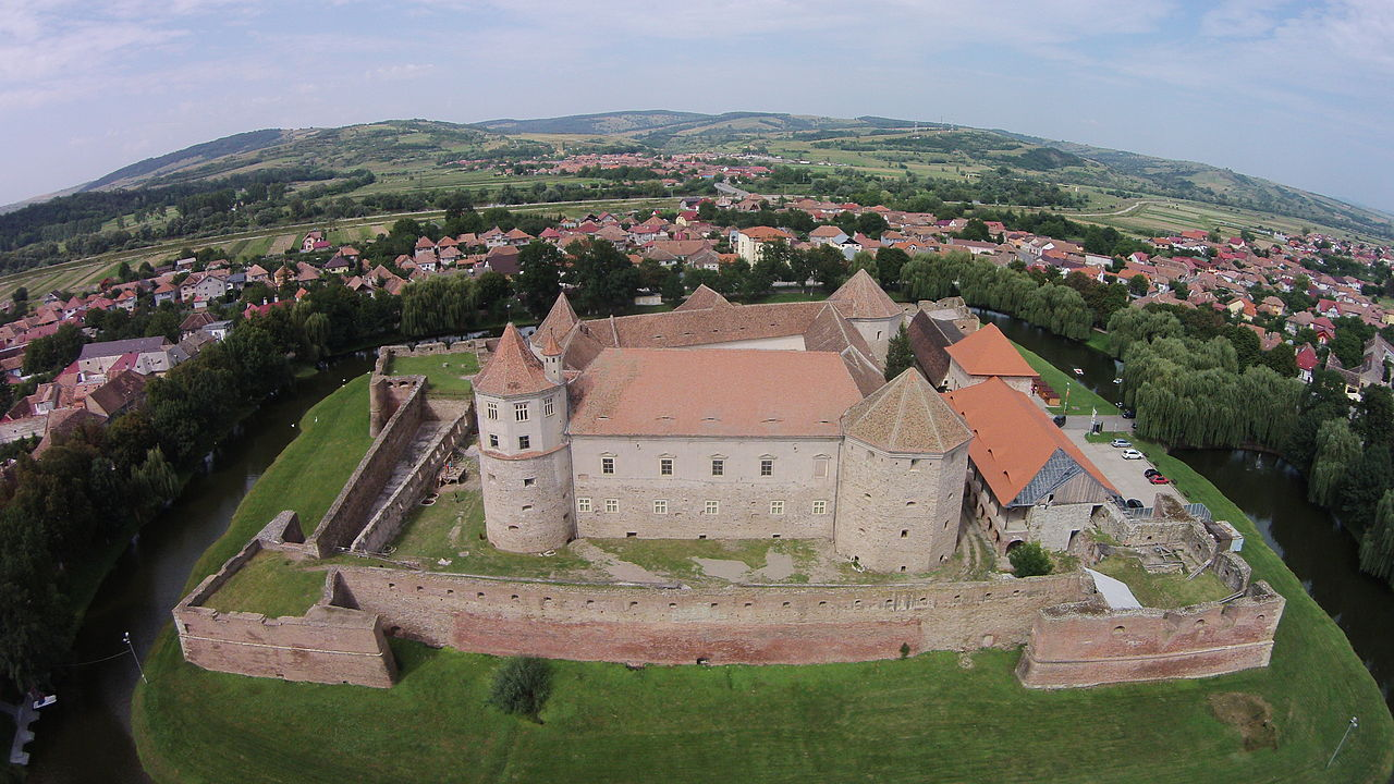 Cetatea_Făgăraș-vedere_aeriana.JPG