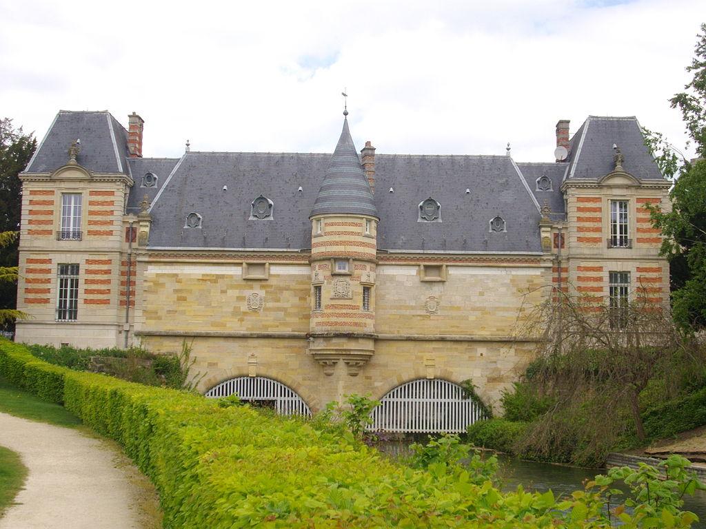 Châlons_-_château_du_Marché_(2).JPG