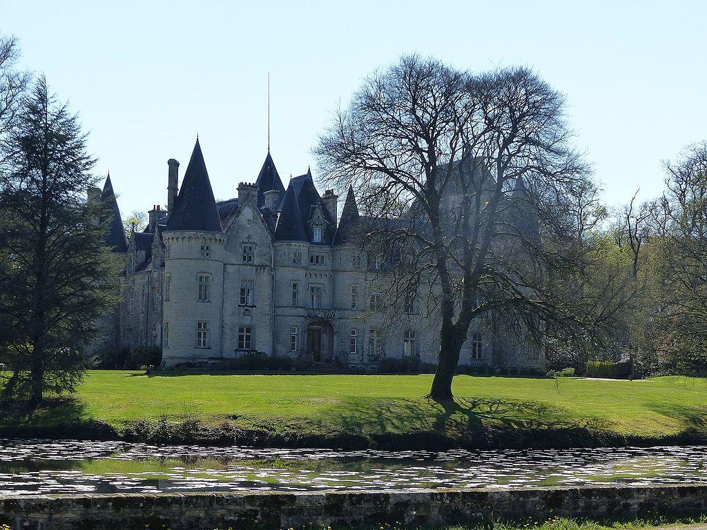 Château_de_Trédion_01.jpg