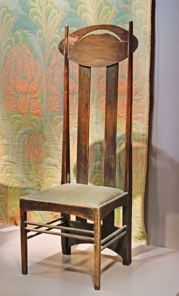 Chaise_de_Charles_Rennie_Mackintosh_)_(8982129778).jpg