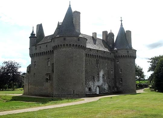 chateau-kerouzere.jpg