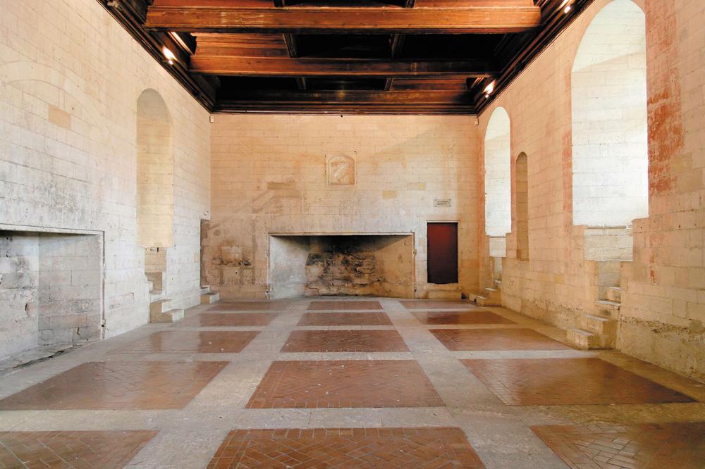 chateau-tarascon-4.jpg