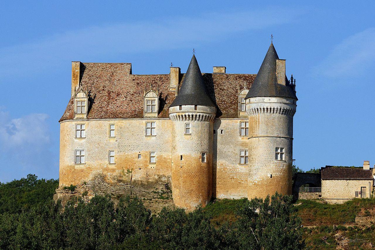 Chateau_de_bannes_1.jpg