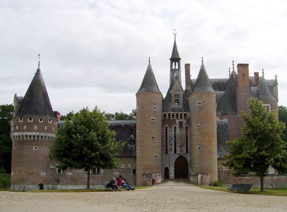Chateau_du_moulin1.jpg