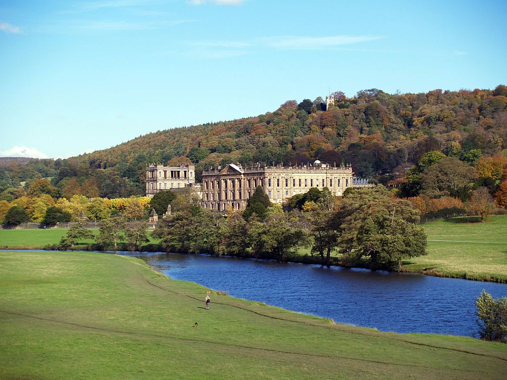 Chatsworth_showing_hunting_tower.jpg
