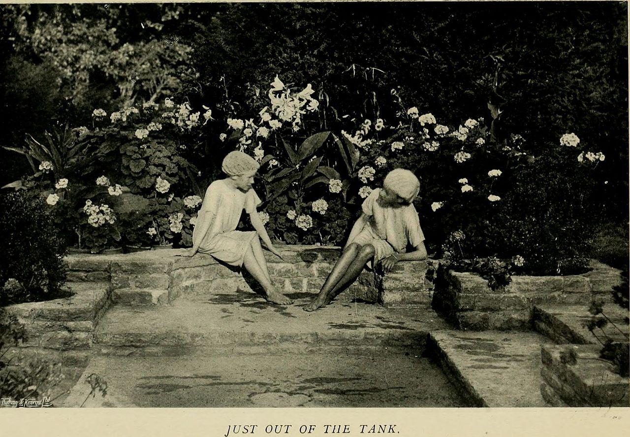 Children_and_gardens_(1908)_(14778945025).jpg