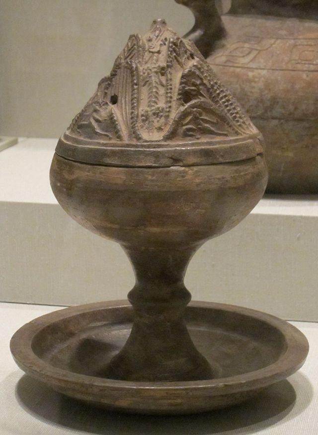 Chinese_hill_jar,_Han_dynasty,_earthenware_with_glaze,_HAA.JPG