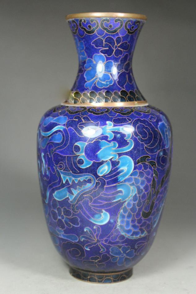 chinese_old_cloisonne_handwork_painting_twins_dragon_vase_1_lgw.jpg
