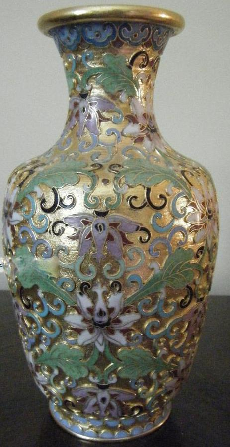 cloisonne_vase_with_23_k_gold_overlay_background_champ_leve_1_lgw.jpg