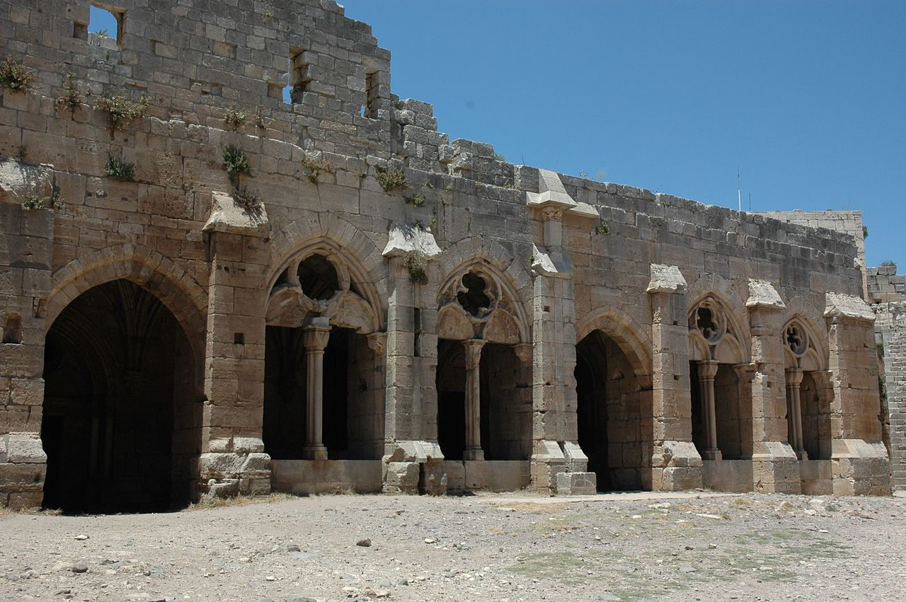 Crac_des_Chevaliers_and_Qal'at_Salah_El-Din-114008.jpg