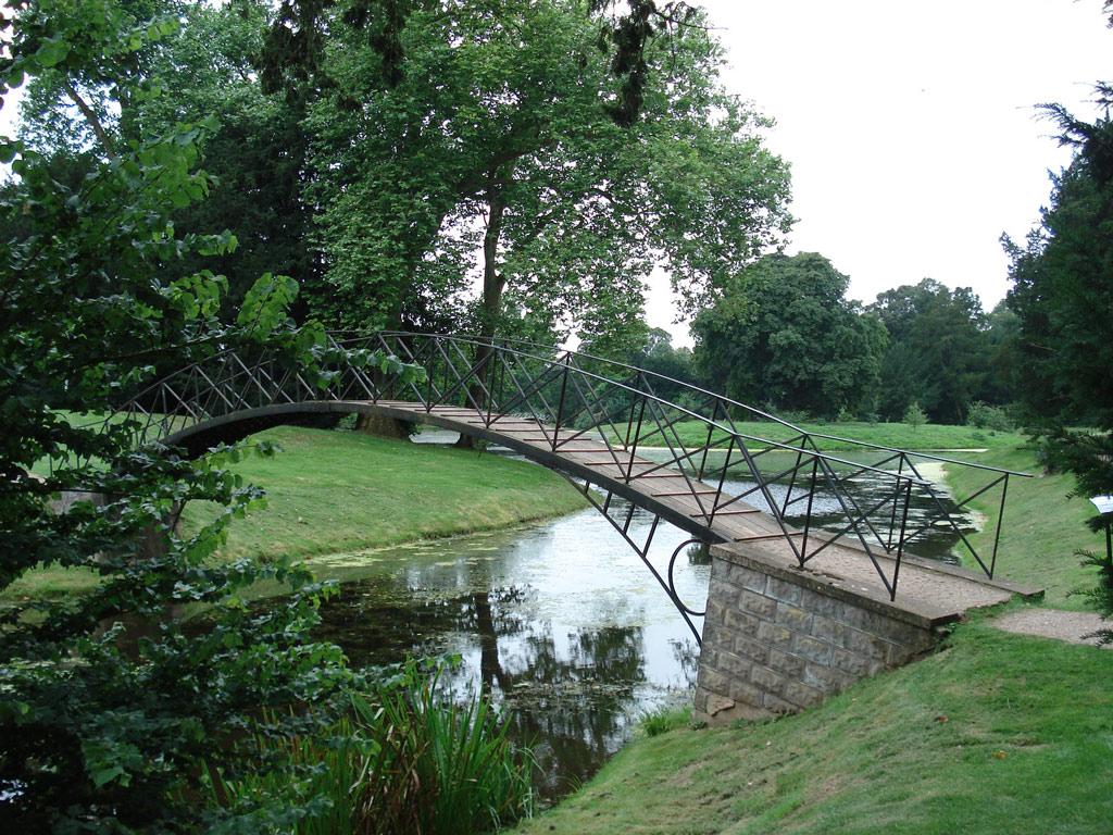 croome_park_bridge_original.jpg