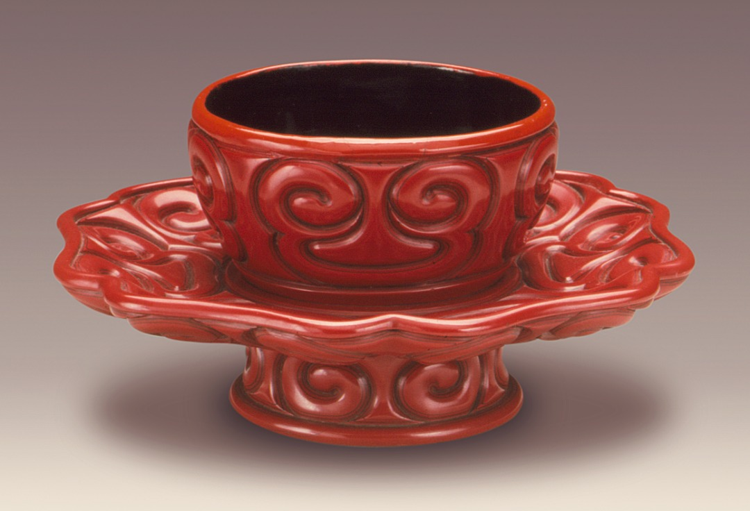 Cup_Stand_(Tuozhan)_in_the_Form_of_a_Lotus_Blossom_with_Sword-Pommel_Pattern_LACMA_M.79.89.4.jpg