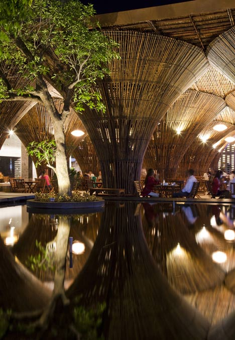 dezeen_Kontum-Indochine-Cafe-by-Vo-Trong-Nghia-Architects_10.jpg