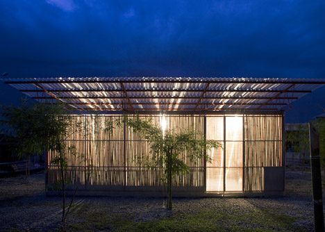 dezeen_Low-Cost-House-by-Vo-Trong-Nghia_17.jpg