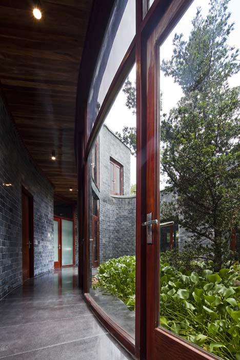 dezeen_Stone-House-by-Vo-Trong-Nghia_9.jpg