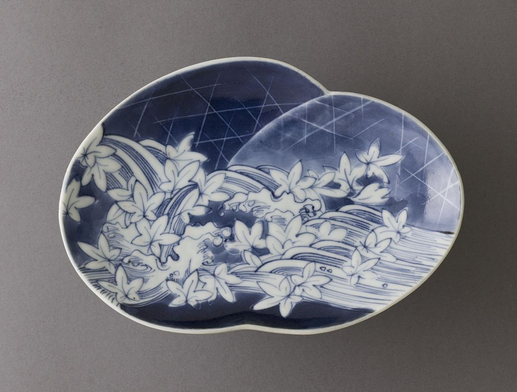 Dish_with_Design_of_River,_Weirs,_and_Maple_Leaves_LACMA_M.2007.175.jpg