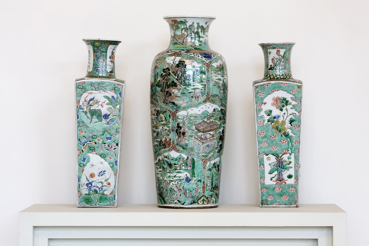 Dresden_Porcelain_Collection_-_07-1978.jpg