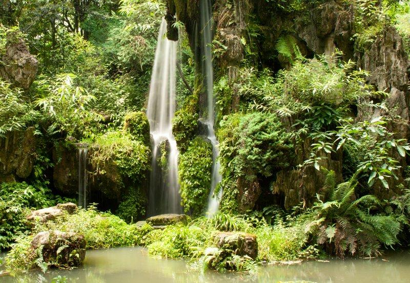 du_fu-garden-waterfall_0.jpg
