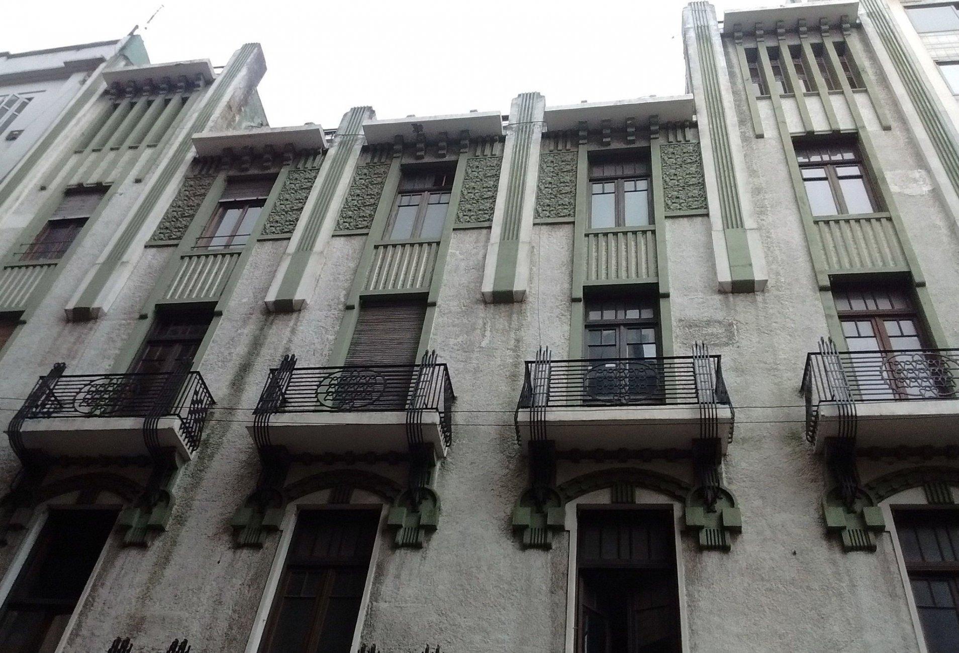 Edificio_Chacabuco_78,_arquitecto_Julián_García_Núñez.jpg