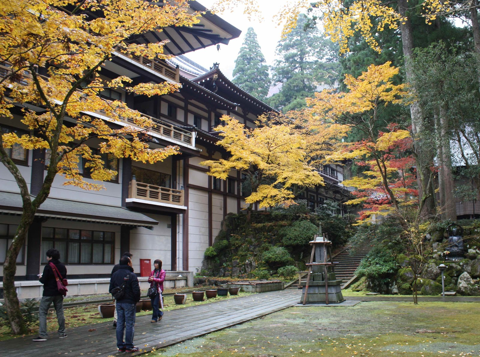 Eiheiji Main Temple.jpg