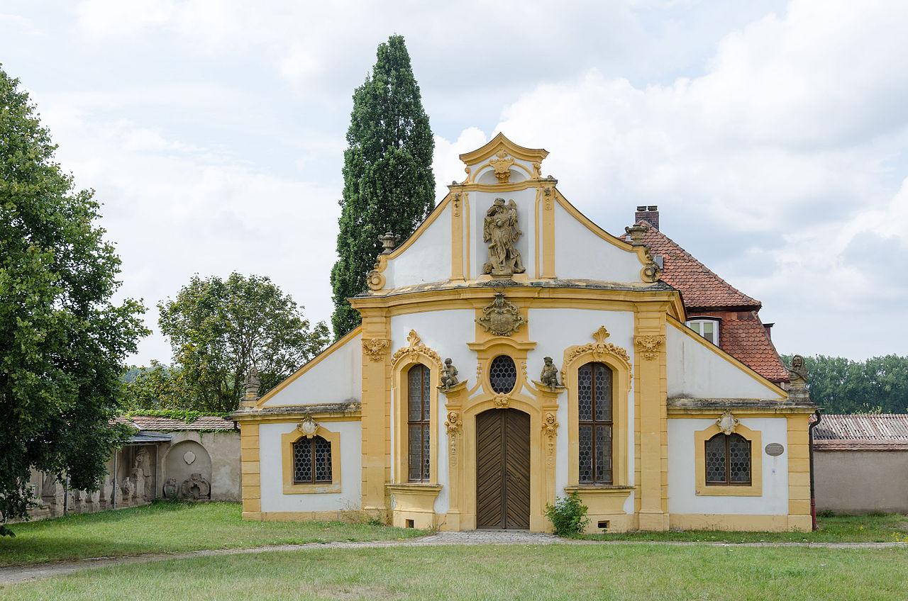Ellingen,_Weißenburger_Straße_31,_Mariahilfkapelle,_002.jpg