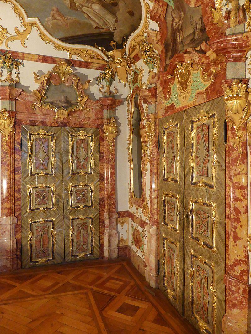 Fürstäbtliche_Residenz,_Türen_(4).jpg