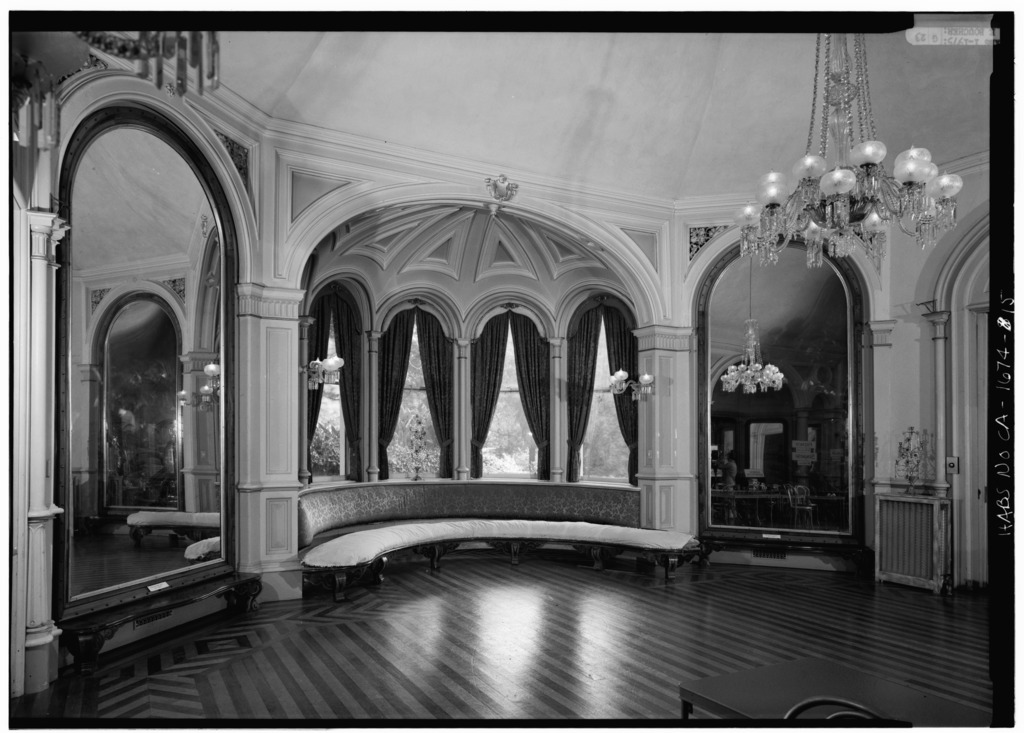 FIRST_FLOOR,_HALL_OF_MIRRORS_-_Ralston_Hall,_Ral.jpg