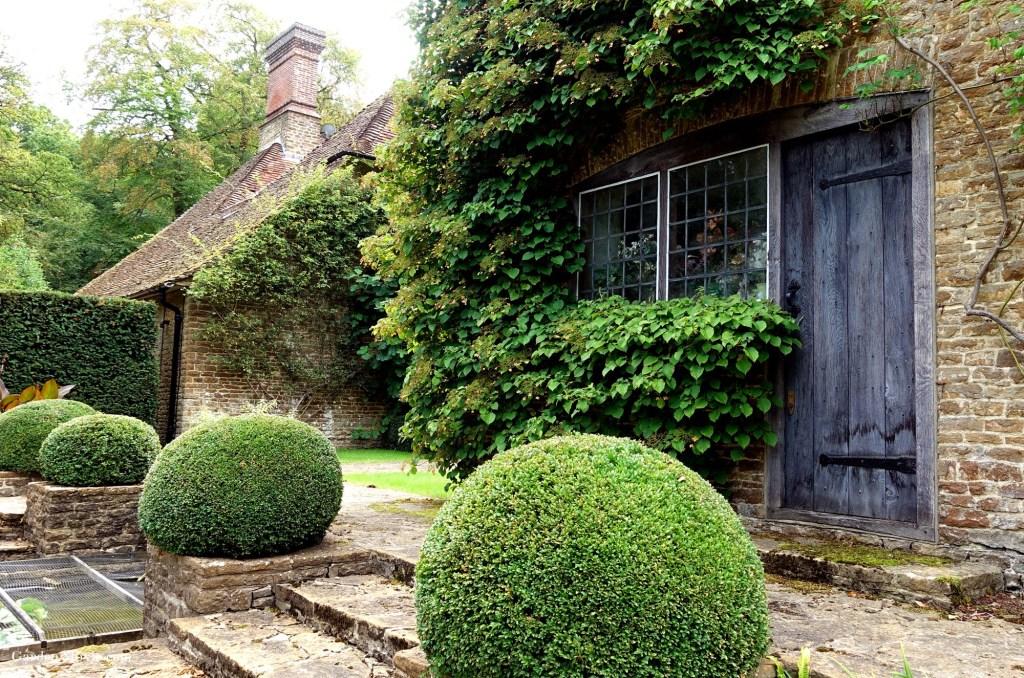 Flower-door-Munsteadwood.jpg