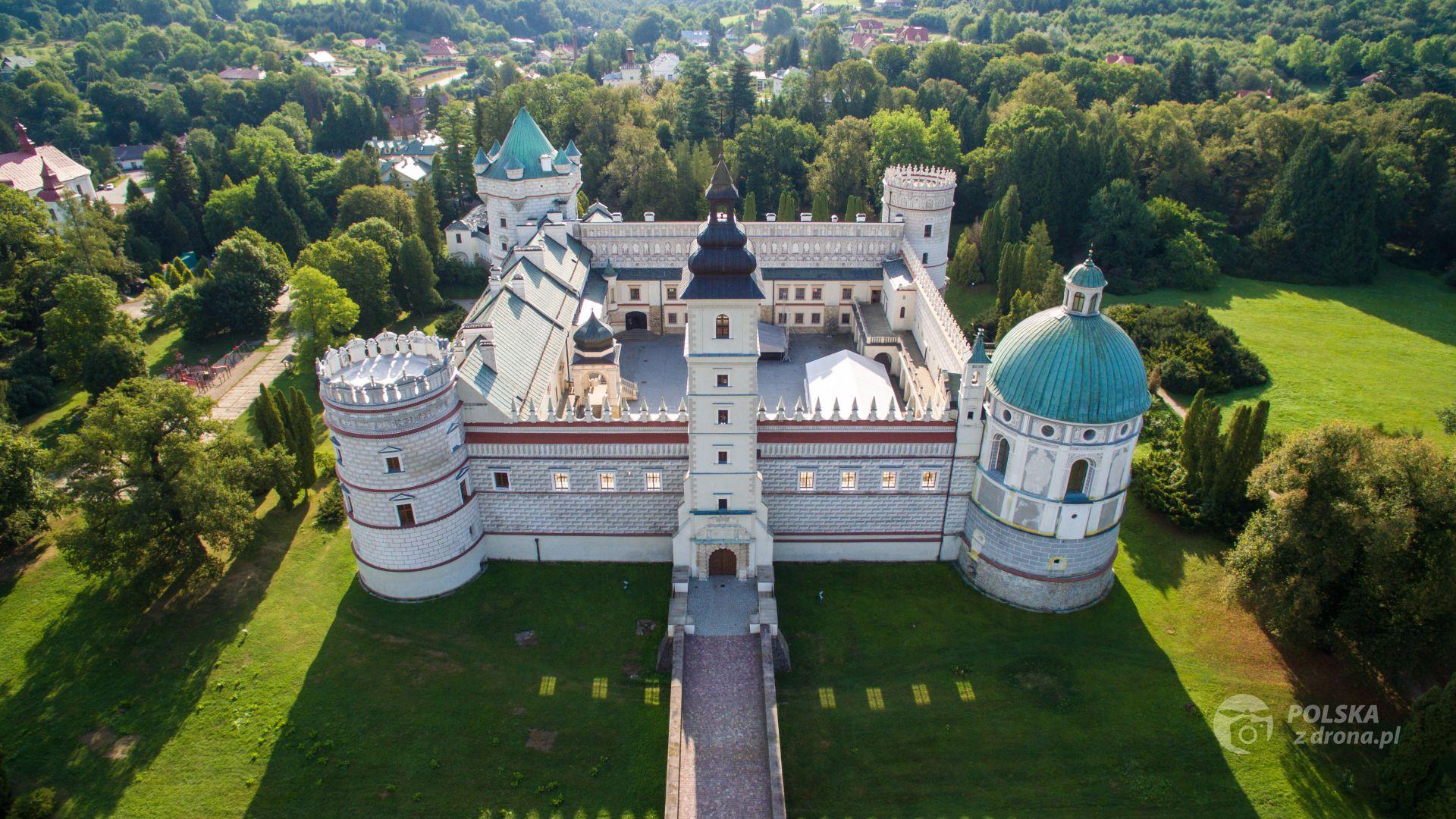 foto-225-zamek-w-krasiczynie-1.jpg