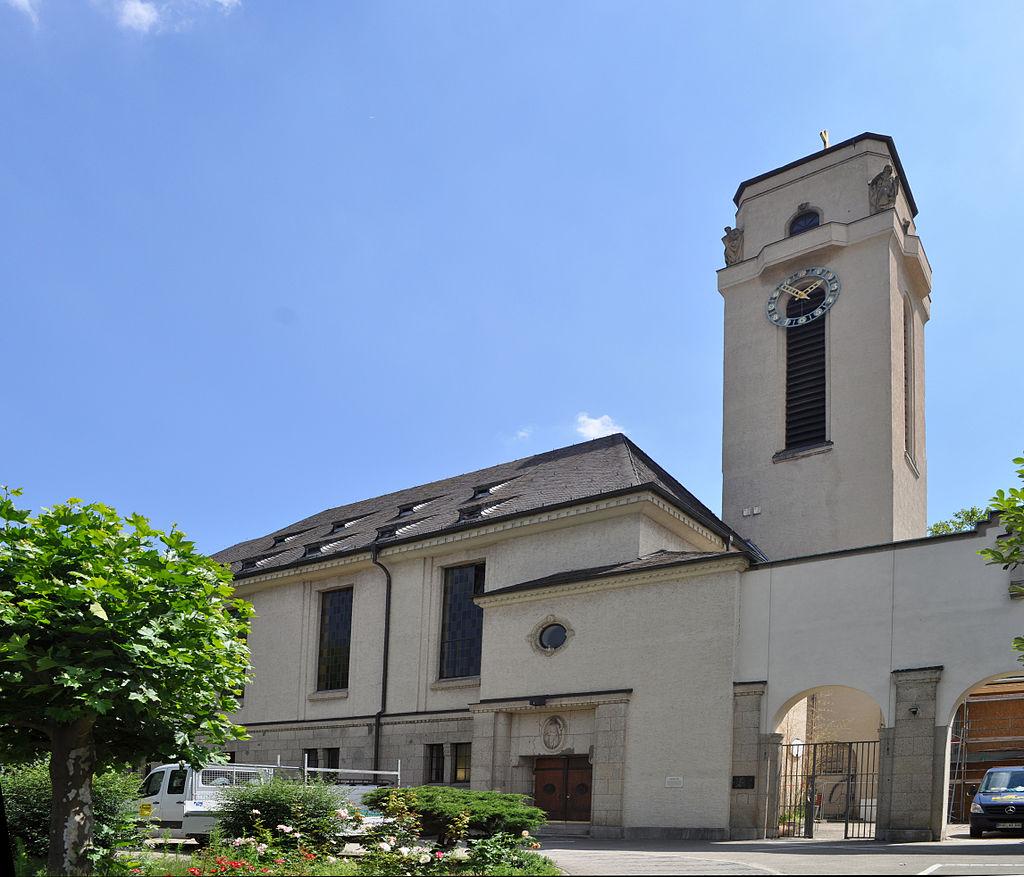 Frankfurt,_Lukaskirche.jpg