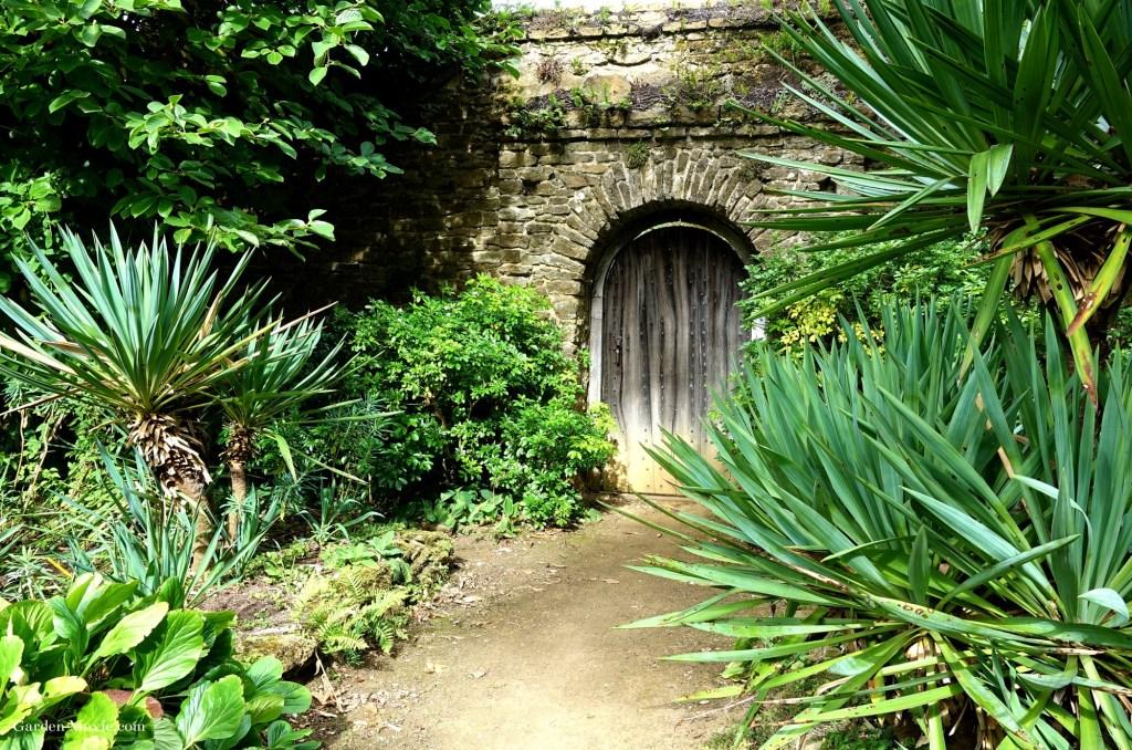 Garden-door-Munsteadwood-2.jpg