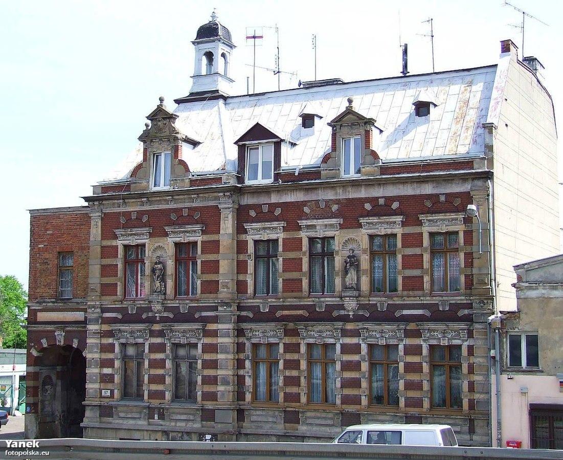 Gdańsk,_Trakt_św._Wojciecha_57_-_fotopolska.eu_(216173).jpg