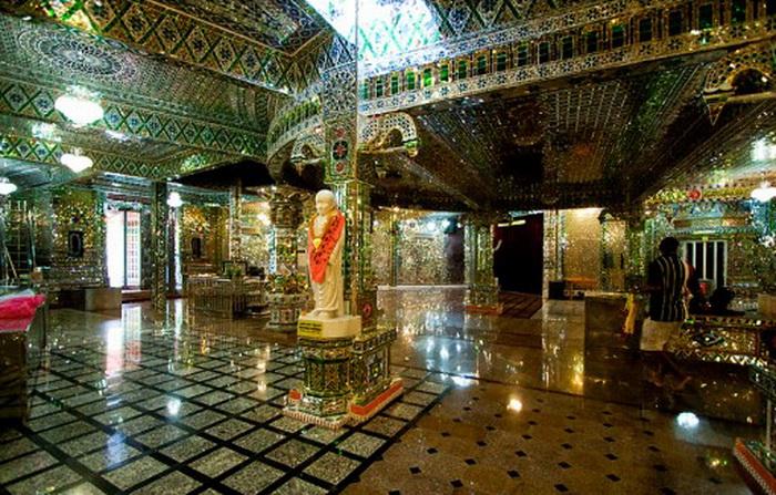 Glass-Temple-Malaysia-3.jpg