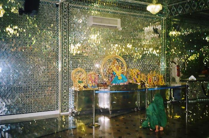 Glass-Temple-Malaysia-4.jpg