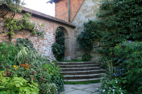 great-dixter-garden-steps-574x382.jpg