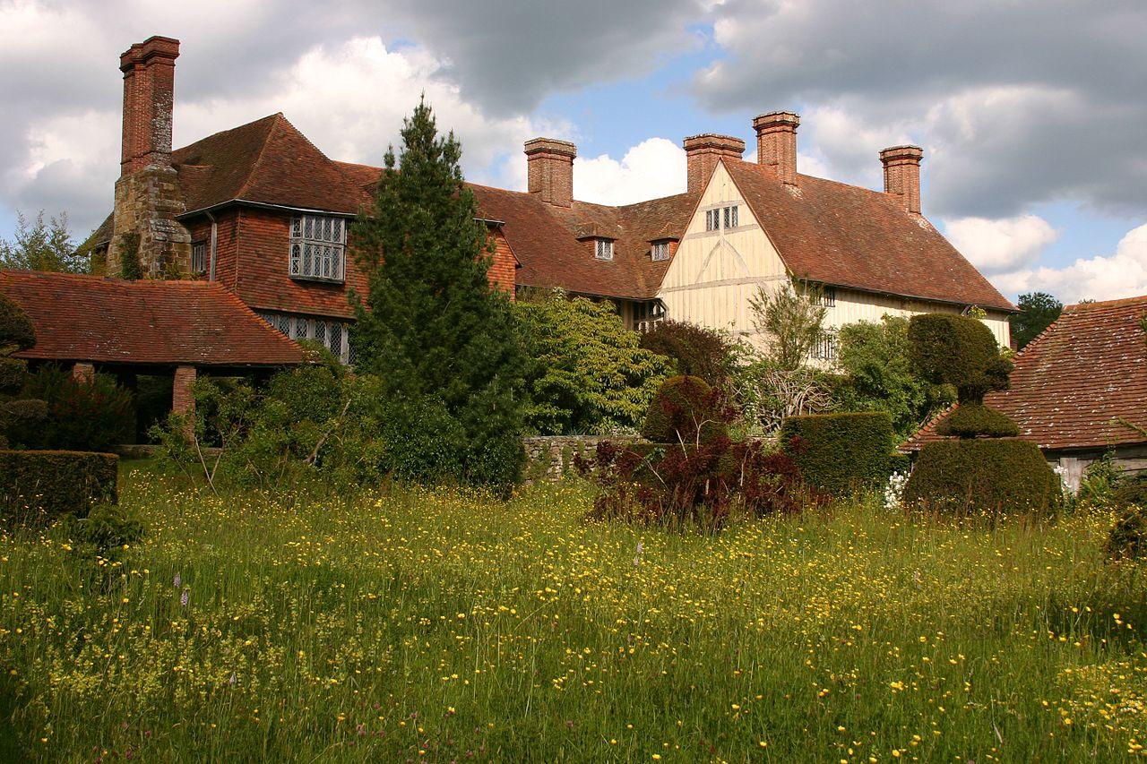 Great_Dixter_House_&_Gardens-157462256.jpg