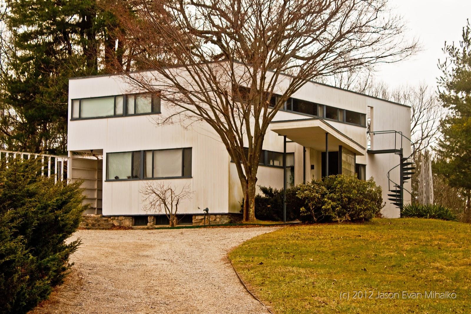 Gropius House copy.jpg
