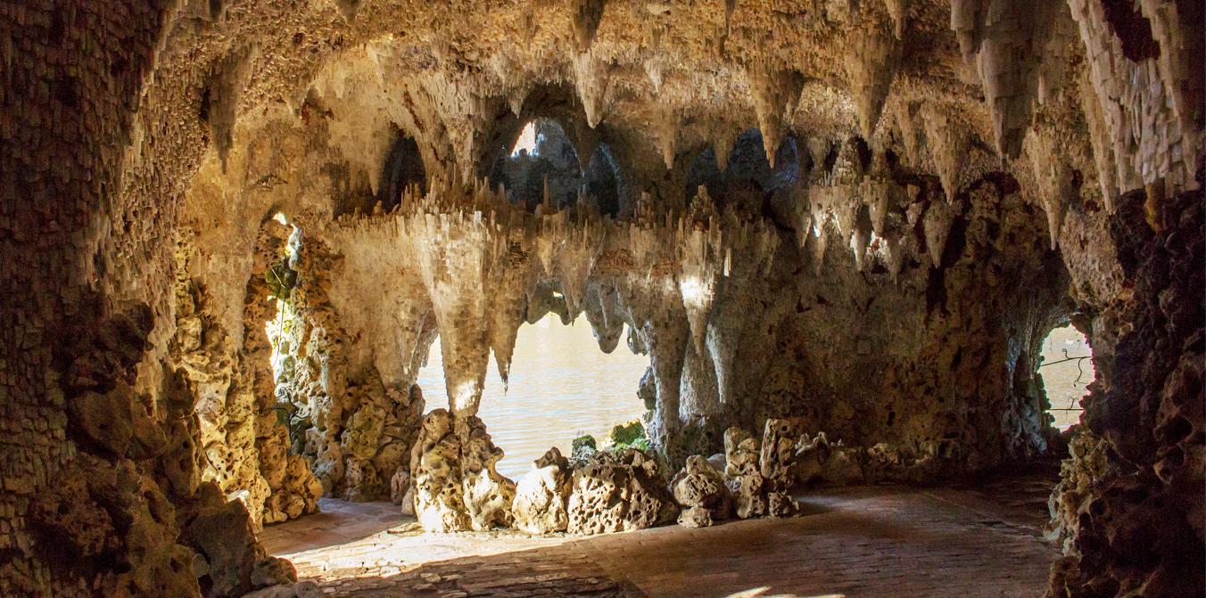 Grotto-1.jpg