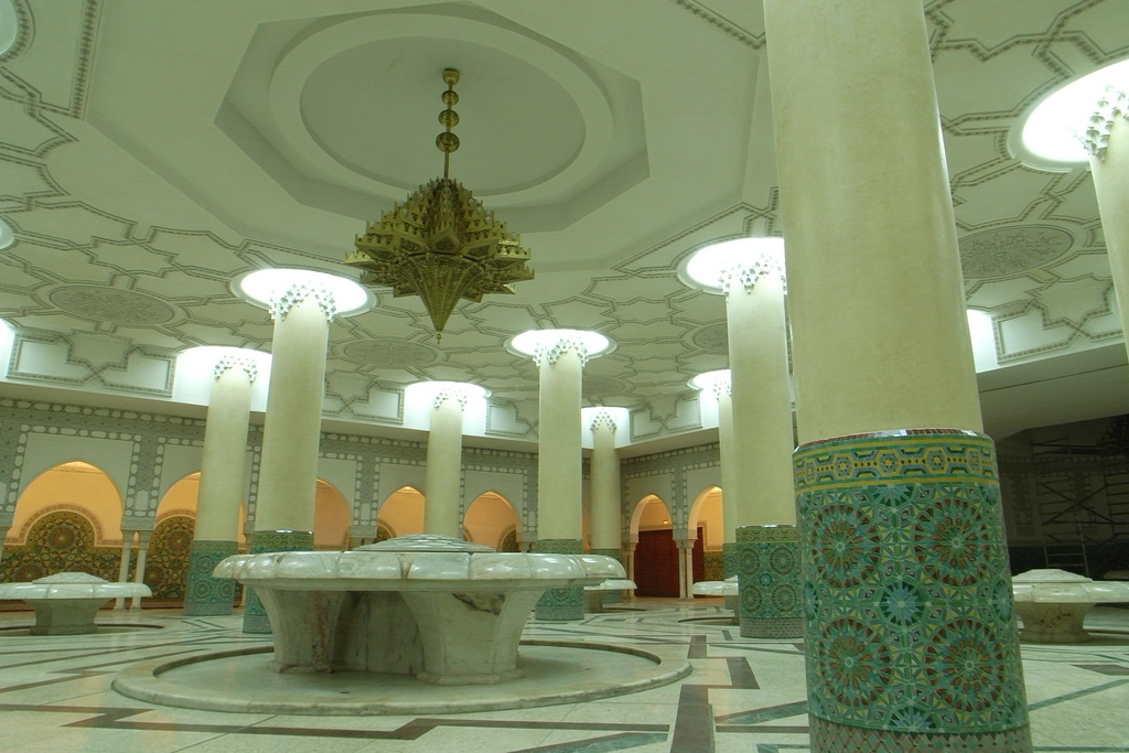 Hassan II Mosque in Casablanca - Morocco (fountain).jpg