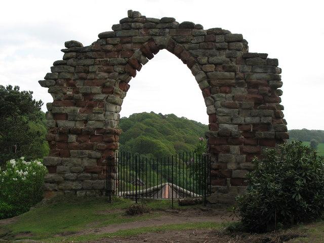 Hawkstone_Park_Arch_Folly_-_geograph.org.uk_-_1329713.jpg