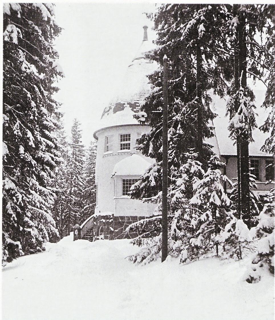Herrainhuone ja kirjasto [1].jpg