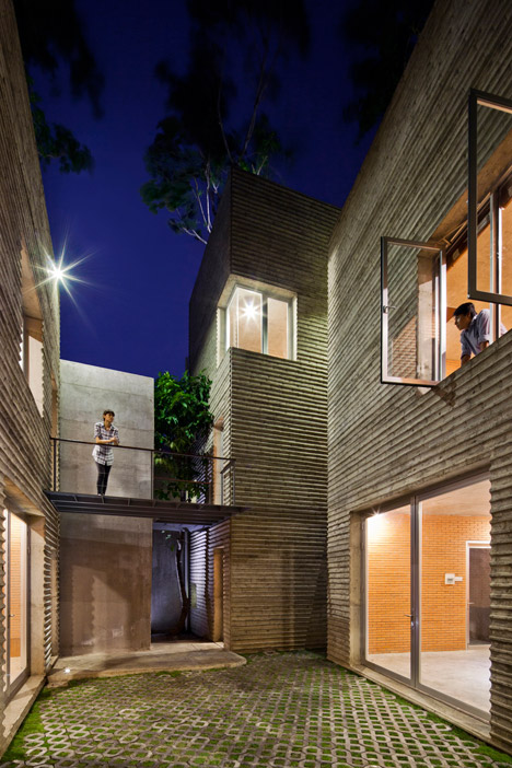 House-for-Trees-by-Vo-Trong-Nghia-Architects_dezeen_468_13.jpg