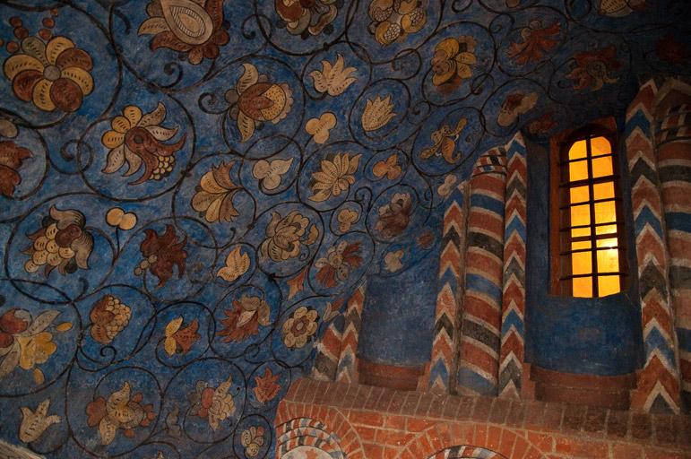 hram-vasilija-blazhennogo-09.jpg