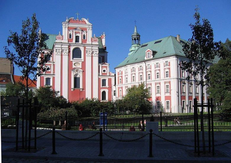 Iezuitskiy-kostel-Svyatoy-Marii-Magdalinyi.jpg