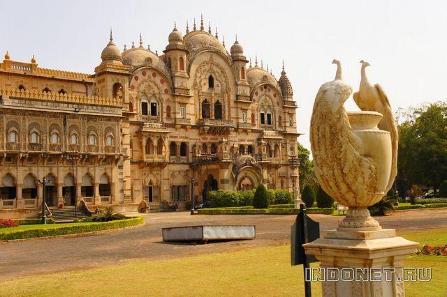 India-palace-2.jpg