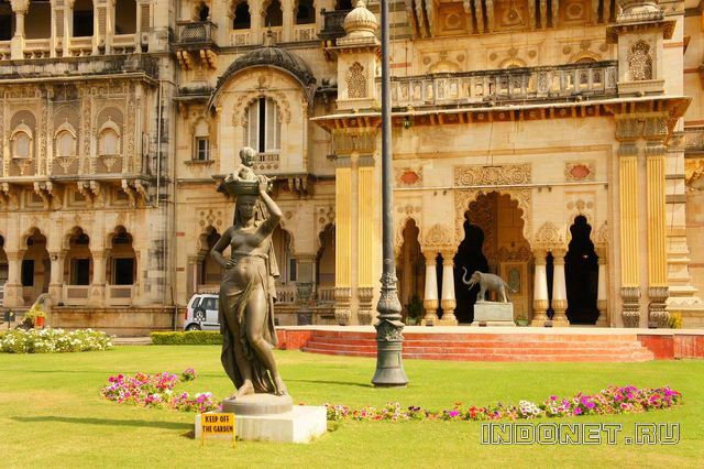 India-palace-3.jpg