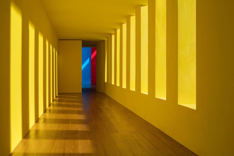 JC-Yellow-Passage-Casa-Gilardi-2017_final_web.jpg