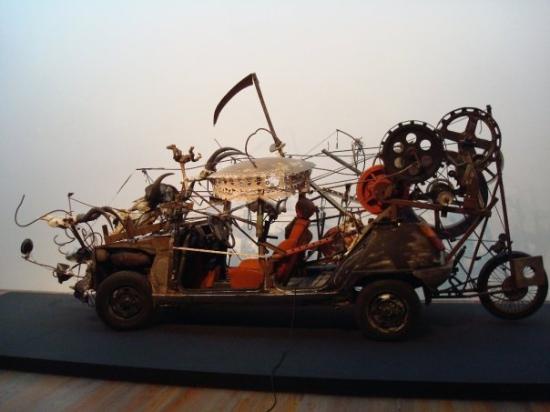 jean-tinguely-museum.jpg