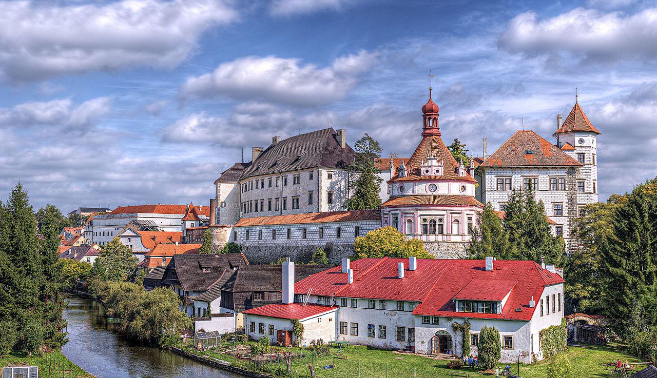 Jindrichuv_Hradec,_Czech_Republic_-_panoramio_(6).jpg